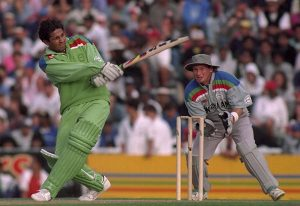 Inzamam Ul Haq wonderful innings against NZ in semi final of world cup 1992